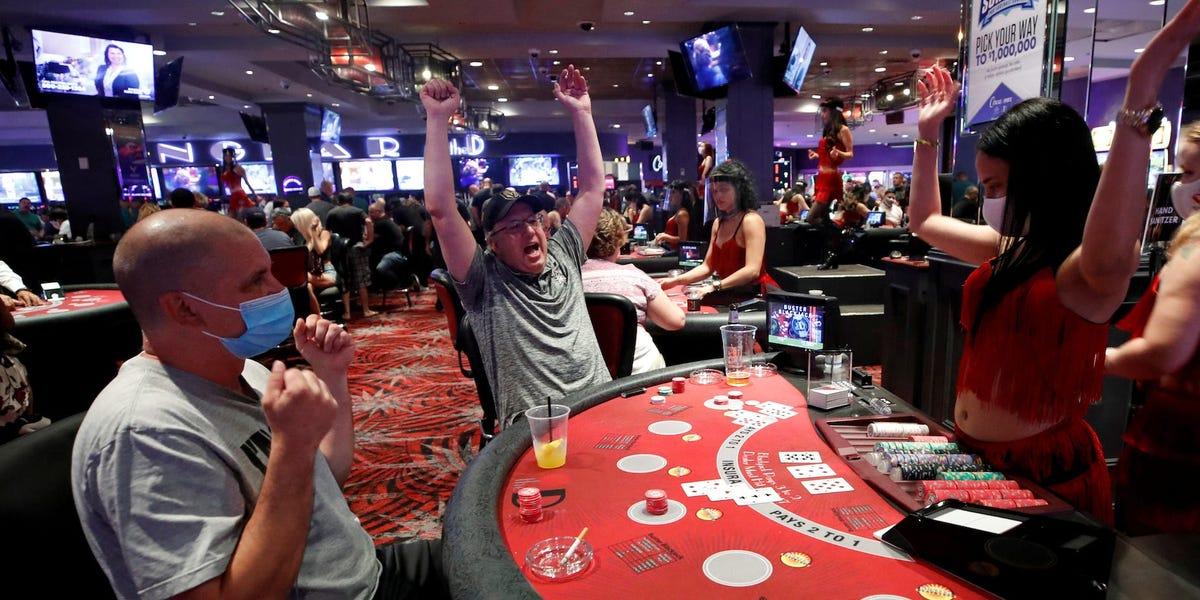 Sällskaps casino spel my party tropical