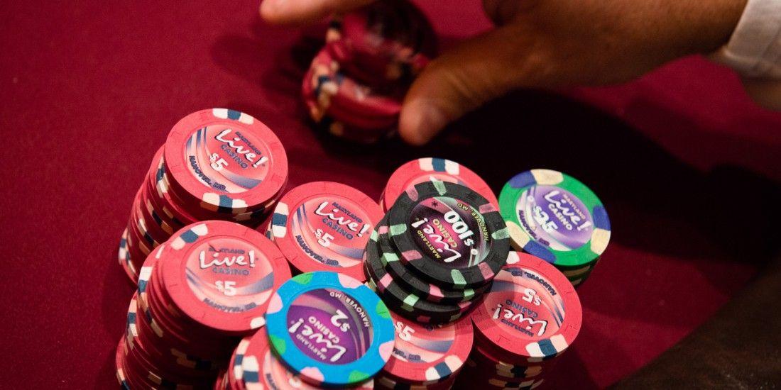 Poker betting online sloty